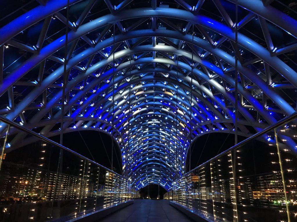 トビリシの平和橋