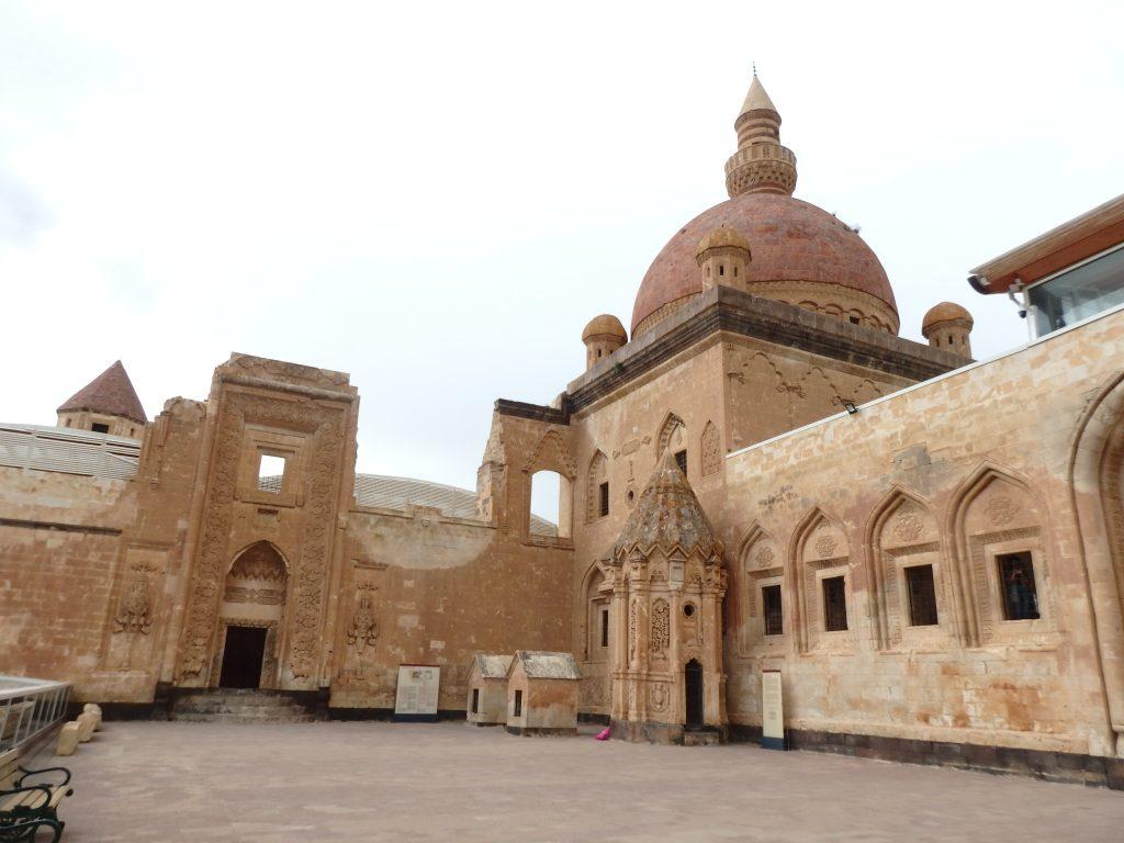 イサク・パシャ宮殿