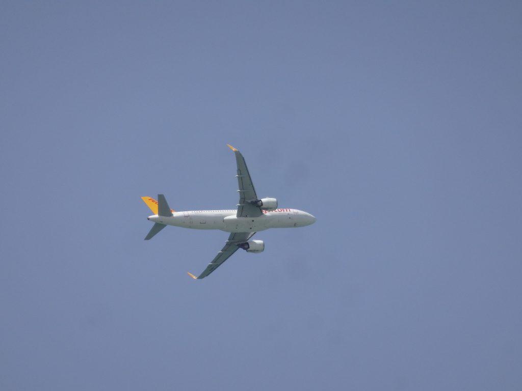 ワン城から見た飛行機
