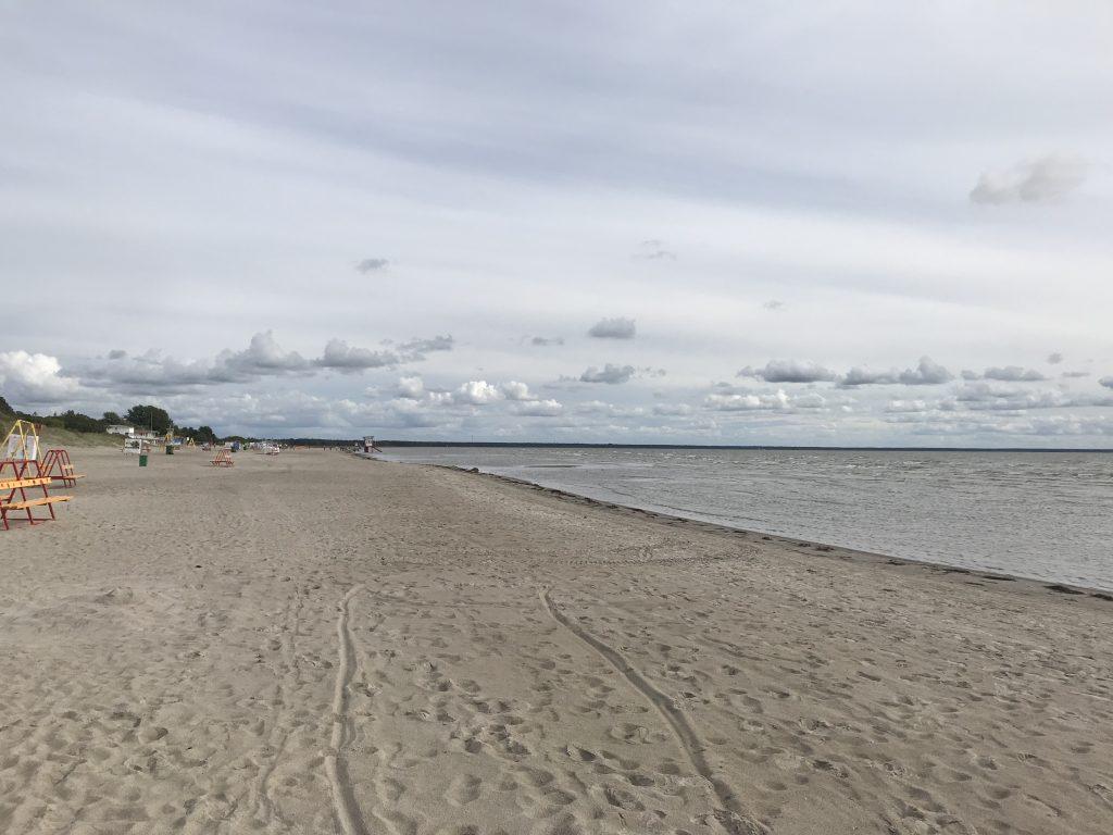 パルヌビーチ