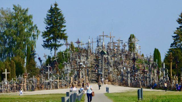 リトアニア十字架の丘